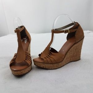 Banana Republic Heels 9.5 Wedges Sandals Leather B